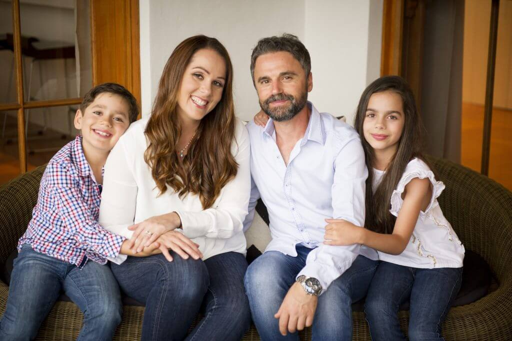 vivid-imagery-in-home-photography-camillieri-family-9